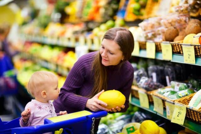 how to grocery shop with a baby
